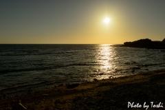 平土野にて夕陽の沈む海