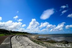 下久志海岸にて「夏の空」