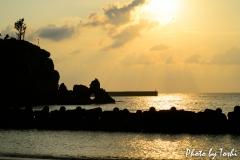 平土野漁港にて「夕陽の沈む時」