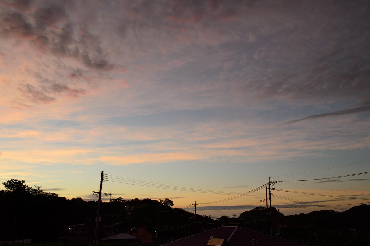 台風前の朝焼け写真4