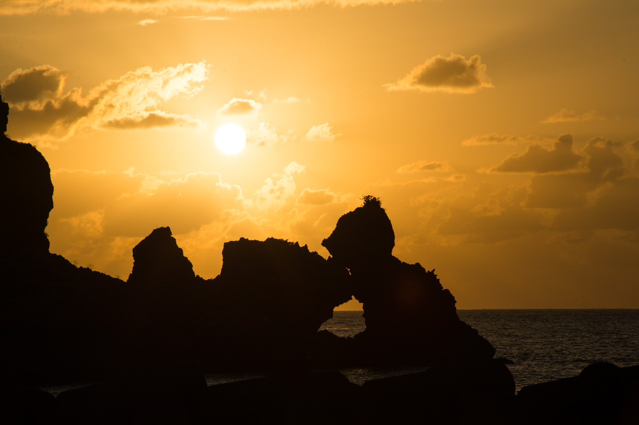 平土野漁港での夕陽-2