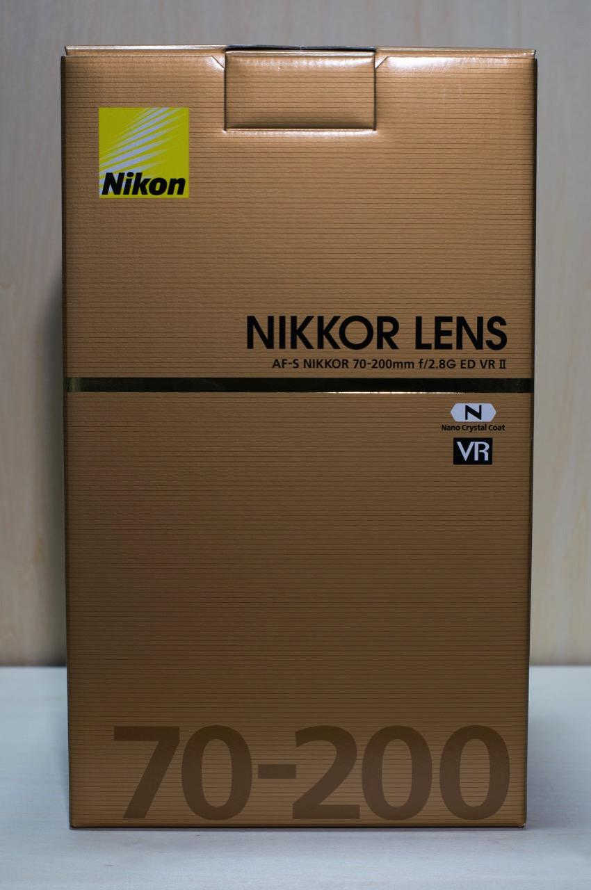 AF-S NIKKOR 70-200mm f/2.8G ED VR2の外箱