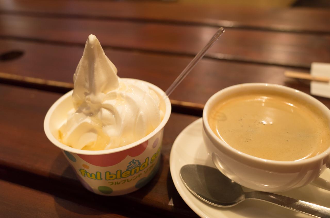 ロコキャンティーンの天文館ミツバチのソフトクリーム