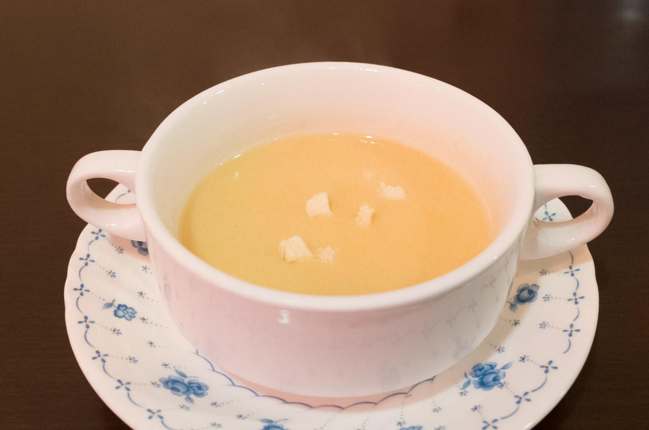 西洋亭ひろはまのコーンスープ