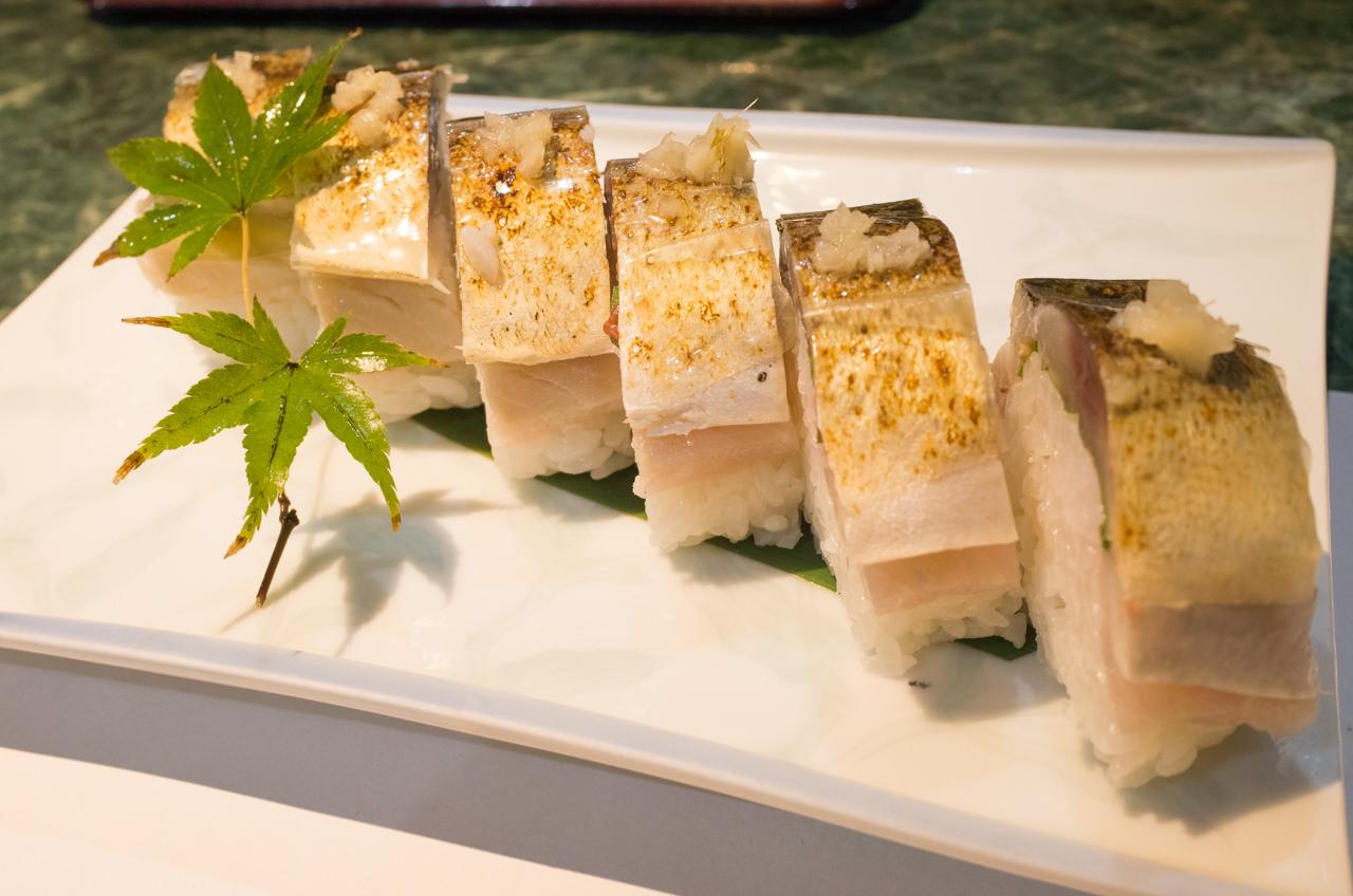 魚庄のの鯖の棒寿司