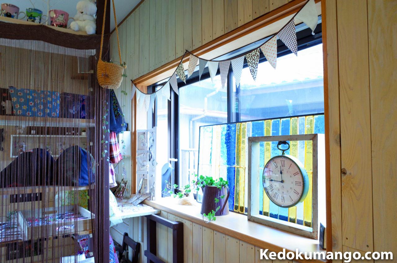 「Rojiura Cafe(路地裏カフェ)」の店内の様子-2
