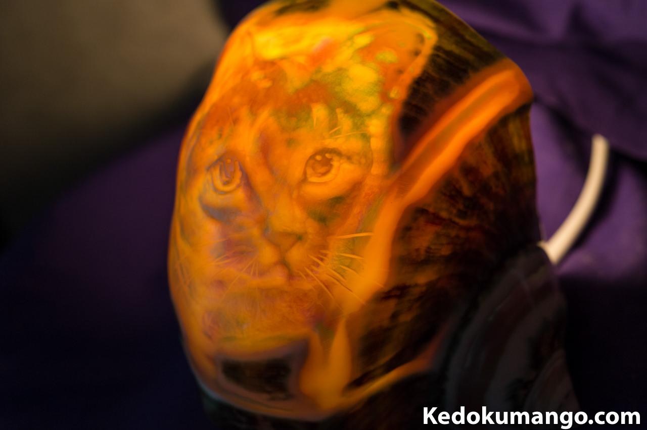 夜光貝ランプ(ネコ)の製作のむずかしさ