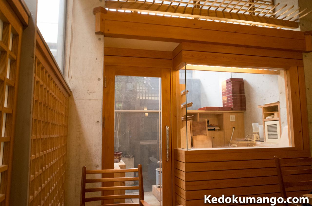 鹿児島市の美味しい蕎麦屋「天神房丸新」の製麺室-1