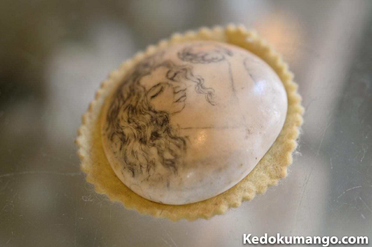 夜光貝の蓋を活用した作品
