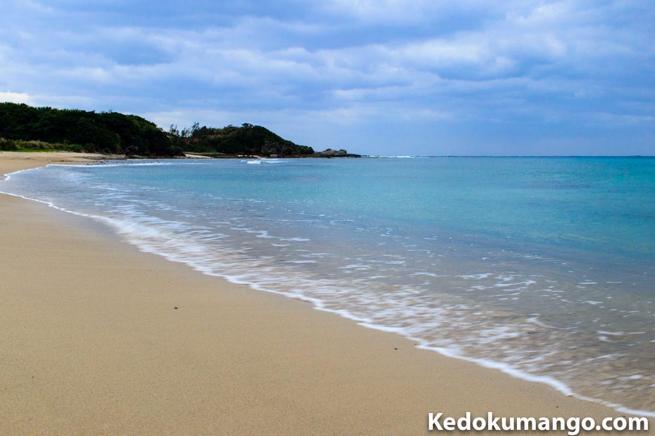 徳之島の花徳地区の砂浜