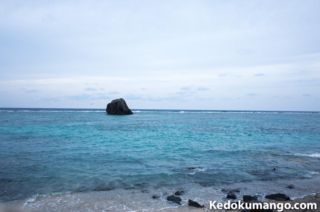 大浜海岸の遊歩道から眺めた海