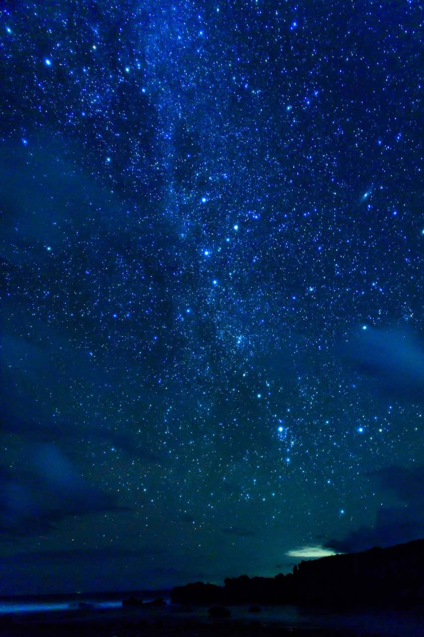 徳之島の黒畦海岸で撮影した星空