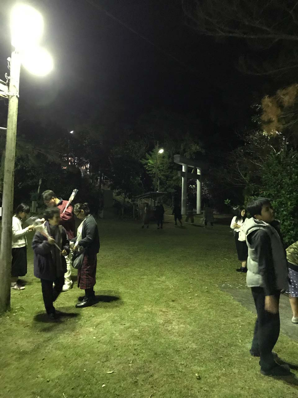 高千穂神社での参拝の様子